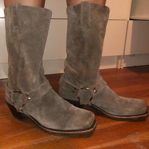 Frye Boots - Harness 12R Suede - Square toe